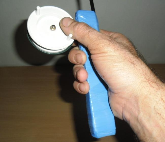 положение руки на удилище для стукалки