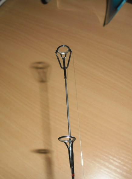 несоответствие пропускных колец удочки с осью хлыстика