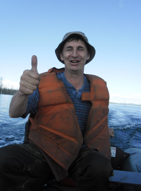 толян на рыбалке