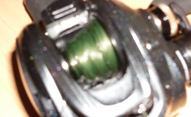 кривая укладка шнура на мультипликаторной катушке