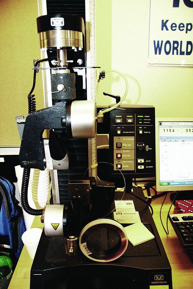 станок для проверки лески на разрыв Инстрон