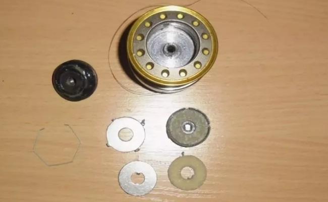 устройство фрикционного тормоза на катушке